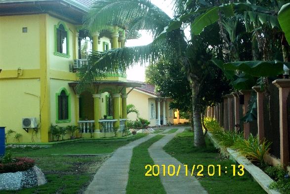 VILLA EMILIA PENSION HOUSE-FRONT VIEW